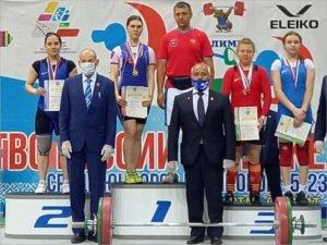 Брянские тяжелоатлеты завоевали четыре медали на первенстве России