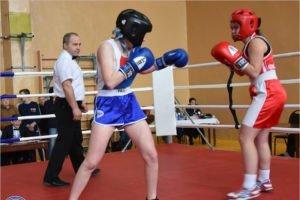 Николай Валуев в Брянске деятельно преодолеет свою неприязнь к женскому боксу