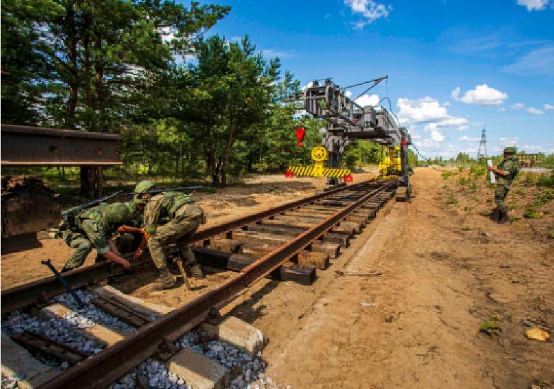 В Брянске военные железнодорожники проложили новые пути после «нападения диверсантов»