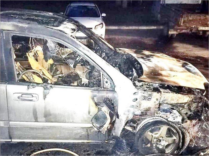 С начала года у брянских автовладельцев сгорело почти шесть десятков машин