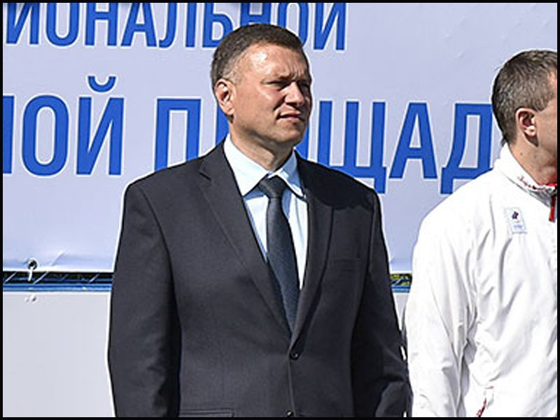 В Брянске скоропостижно скончался директор школы №46 Сергей Гридин