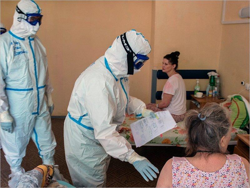 В Брянской области за последние сутки COVID-19 заболели больше трёхсот человек