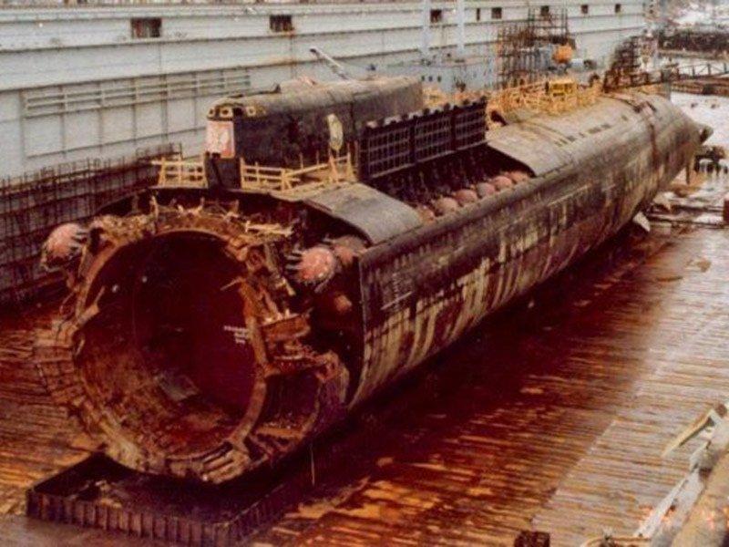 Трагедия «Курска»: хроника гибели атомной подводной лодки