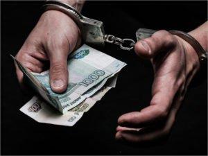 «Полицейская» банда вымогателей из Суража получила 33 года лишения свободы на троих