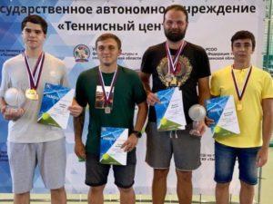 Тамара Ермакова и Павел Пиневич стали чемпионами Брянской области по теннису