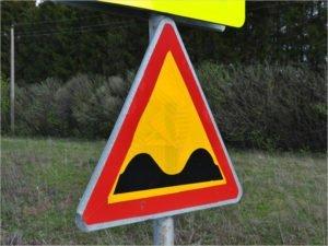 Прокуратура потребовала выровнять две брянские дороги