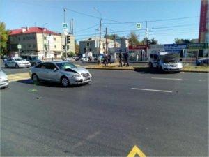 В Брянске на проспекте Станке Димитрова водитель-нарушитель сломал себе шею