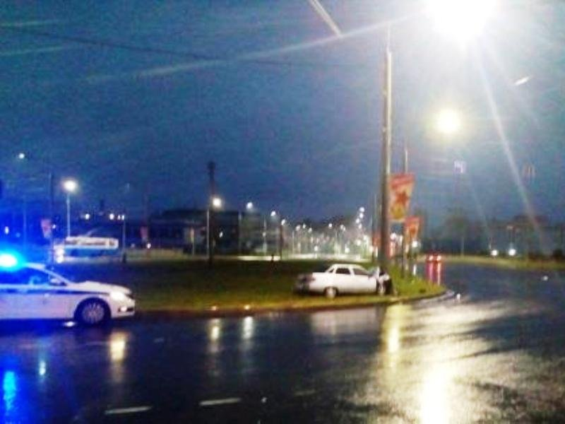 В Брянске на кольцевой развязке на Объездной погиб водитель
