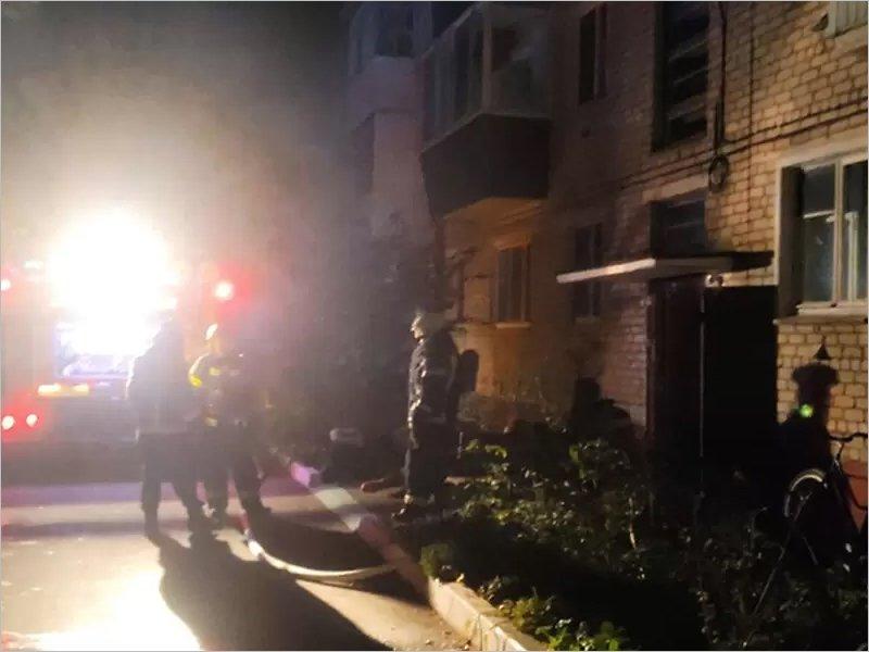 Два человека погибли в ночном пожаре в Сельцо