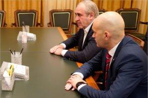 Вместо Хуснуллина в Брянск прибыл Кадыров. Замминистра спорта