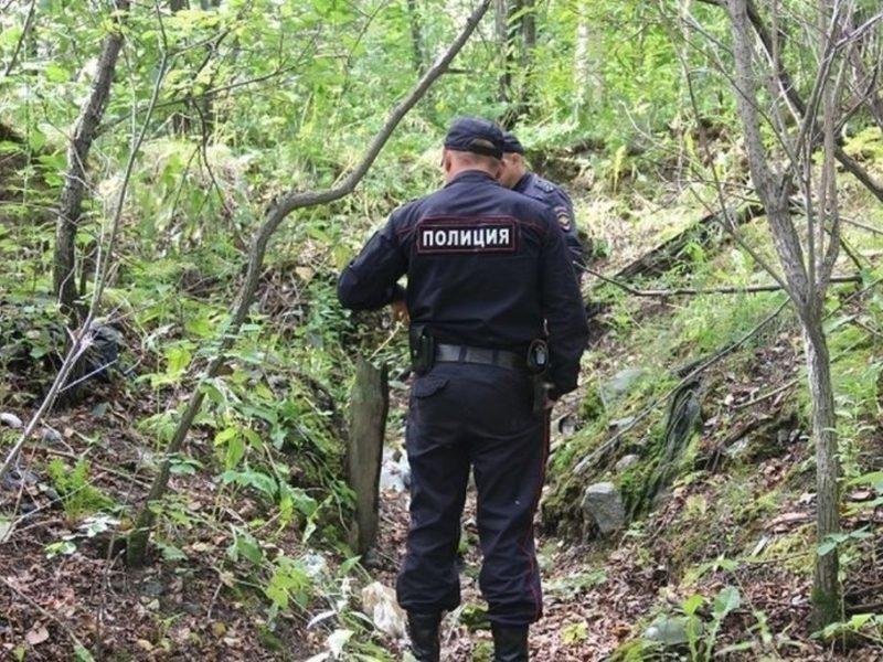 Брянские следователи проводят проверку по трупу, обнаруженному грибниками под Карачевом