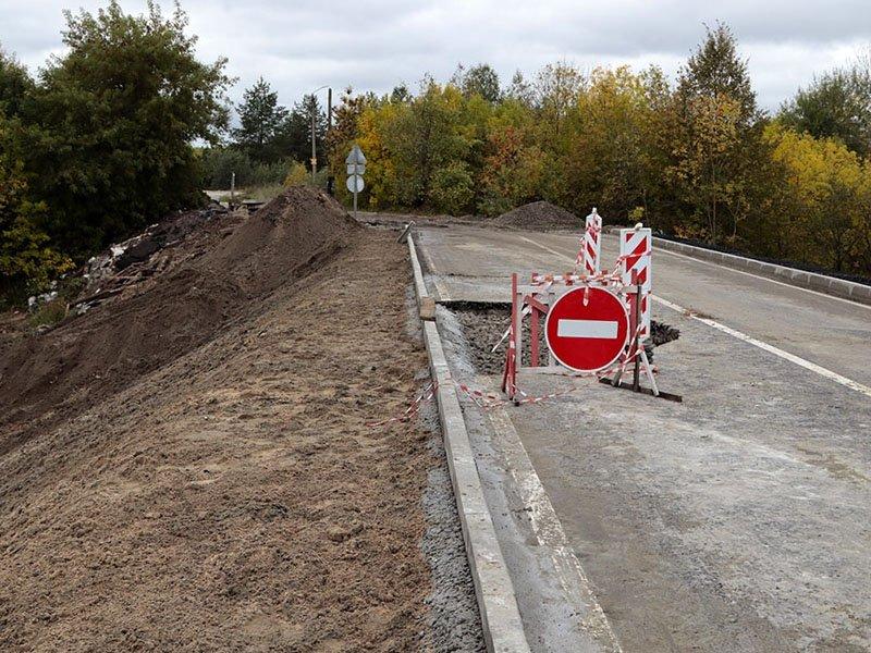 «Не дорога, а съезд»: властям Брянска пришлось разъяснять, что, как и где именно обрушилось на новой магистрали