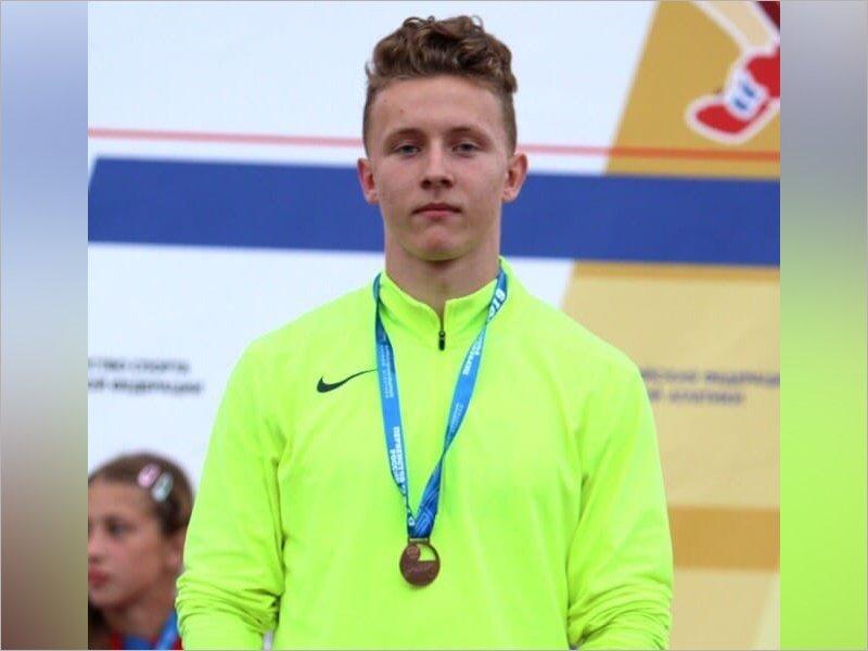 Брянский легкоатлет завоевал золотую медаль первенства России