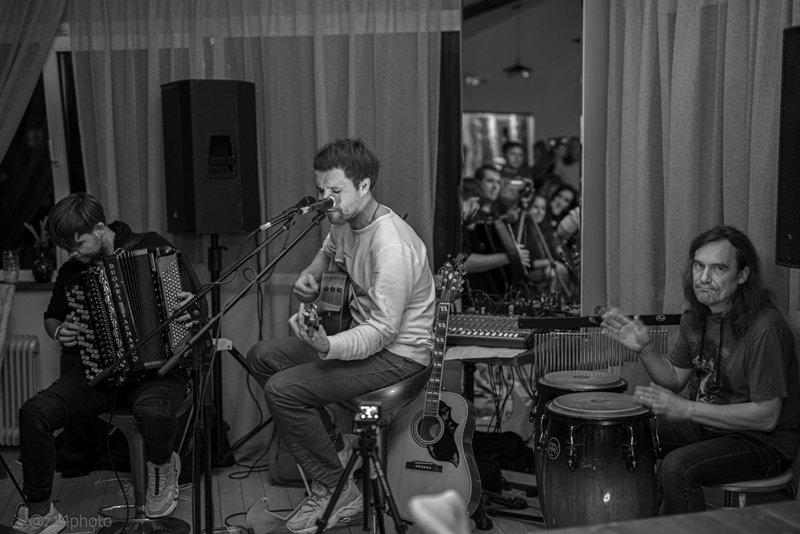 Вдовин/Сомов/Рыскин дали в Брянске концерт в переполненных «Джунглях»