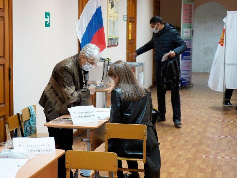 На всех избирательных участках в Брянской области начался второй день голосования