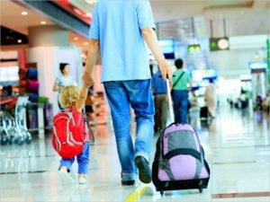 В России изменились правила выезда детей за границу – один из родителей получил право вето