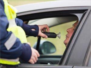 Дорожная полиция в Брянске намерена ловить нетрезвых водителей во время локдауна