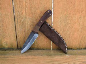 Жителю брянского села инкриминировали «незаконное изготовление оружия». За самодельный ножик