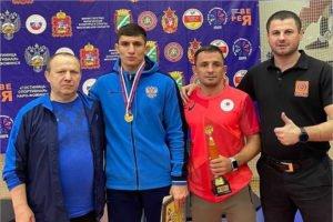 Брянский борец завоевал золотую медаль первенства России