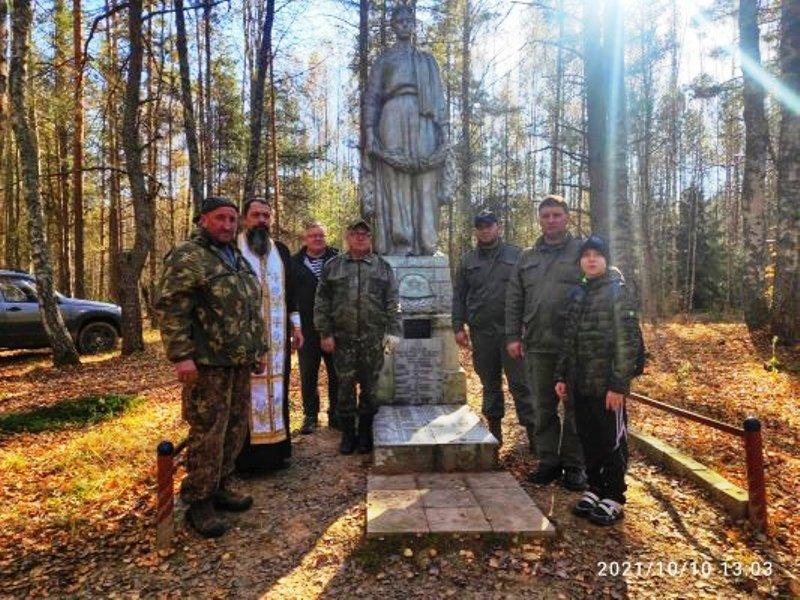 Брянские поисковики организовали перезахоронение останков неизвестного солдата