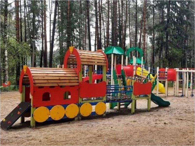 В Унече завершено двухлетнее благоустройство парка имени Уральских добровольцев