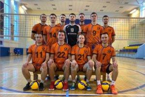 Брянские волейболисты стартовали в первенстве России с побед